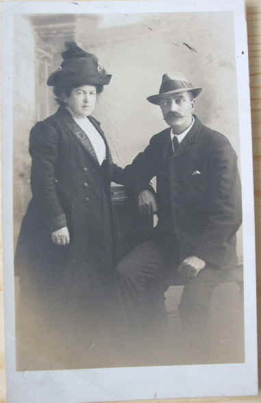 1913 - Real Photo of a Couple