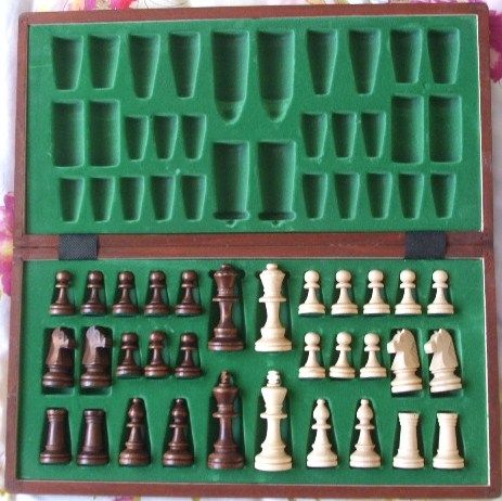 Brand new boxed WOODEN CHESS SET